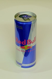 Red Bull (blue) - by www.deepsonic.ch, February 2007