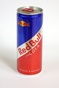 Red Bull Cola 250ml - by www.deepsonic.ch, 30.10.2009