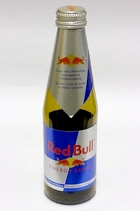 Red Bull Glas - by www.deepsonic.ch, 30.12.2010