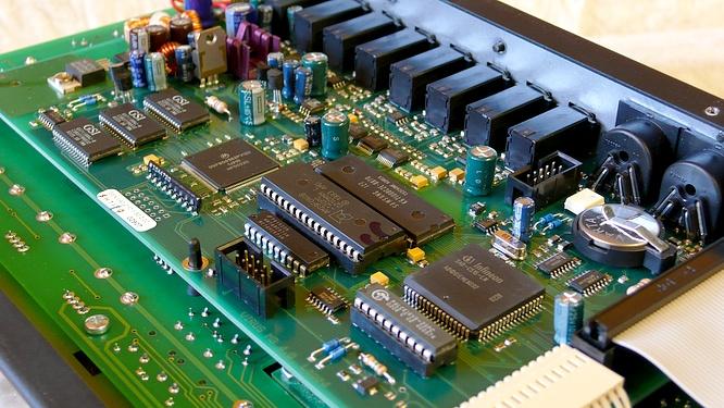 Access Virus C by deep!sonic 08.07.2010