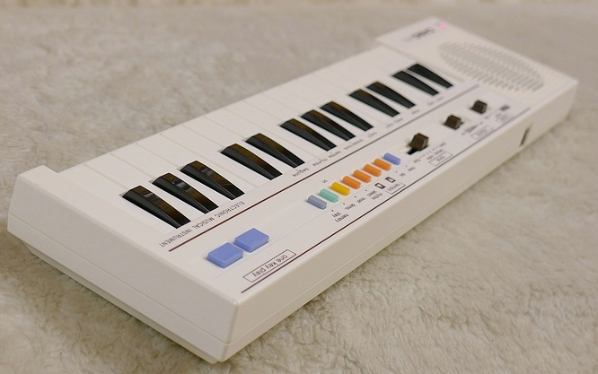 Casio PT-1 PT1 white by deep!sonic 08.05.2013