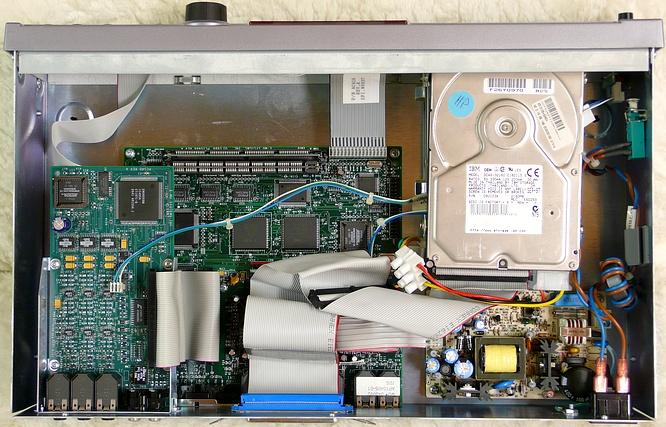 E-mu Esi-2000 Turbo by deep!sonic 26.10.2009