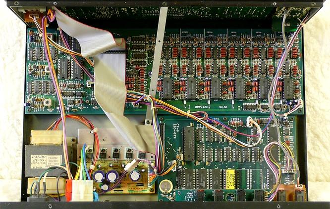 Oberheim Matrix-6R by deep!sonic 01.2009