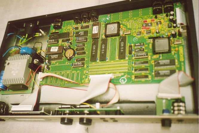 Quasimidi Technox Okt 2005 deep!sonic