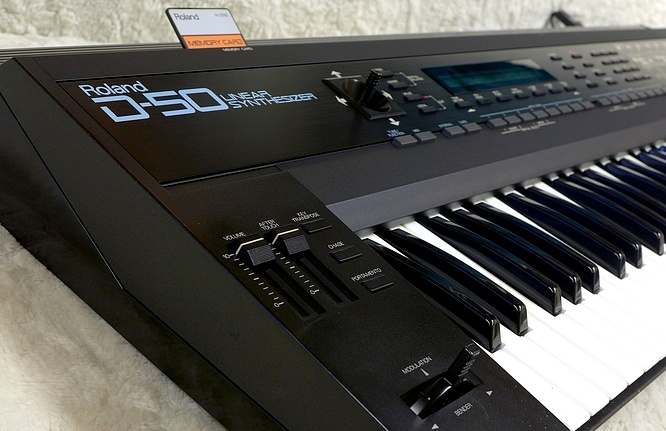 Roland D-50 LA Synthesizer with Musitronics Upgrade by deep!sonic 02.06.2020