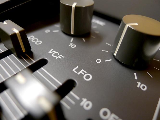 Roland Juno-106 Juno106 by deep!sonic 23.11.2011