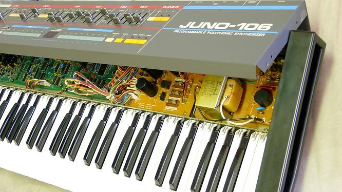 Roland Juno-106 Juno106 by deep!sonic 25.08.2007