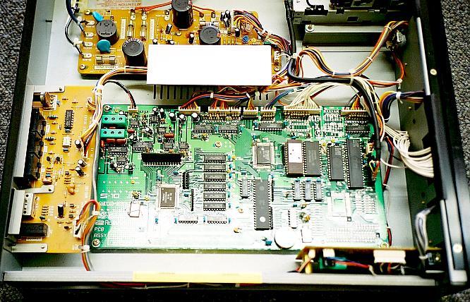 Roland MKS-100 by www.djroemer.ch @ deep!sonic 09.2003