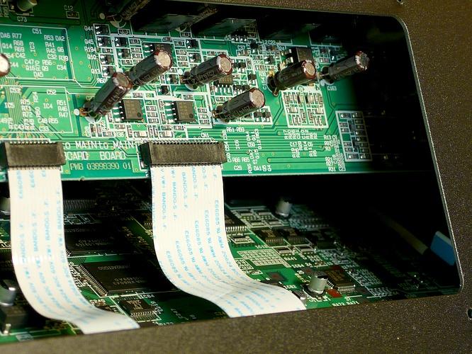 Roland V-Synth XT V2 by deep!sonic 02.08.2010, thanx to Thomas Weyermann