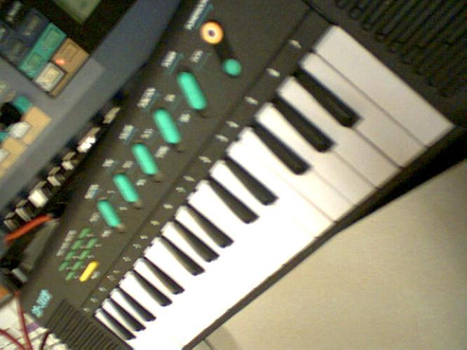 SK XK-322B by deep!sonic 09.2004