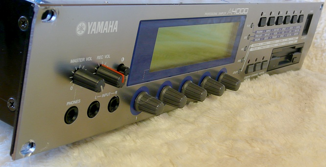 Yamaha A4000 by deep!sonic 20.07.2010, thanx to Thomas Weyermann