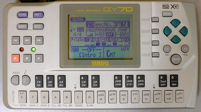 Yamaha QY70 by deep!sonic 23.03.2011