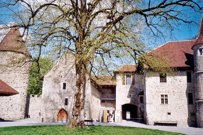 Innenhof des Schloss Hallwil