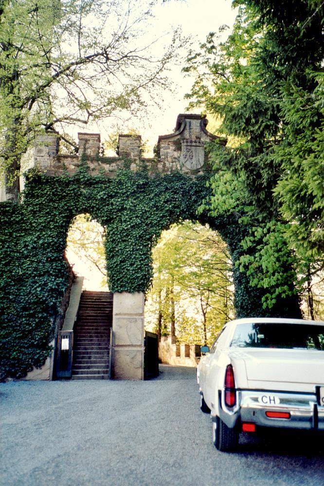 Eingang des Schloss Heidegg in Gelfingen