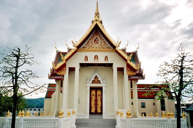 Buddhistischer Tempel in D�niken