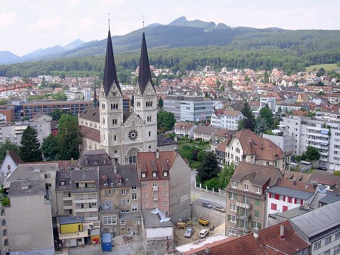 Sicht von Stadthaus in Olten nach SO, Gesicht im Homberg