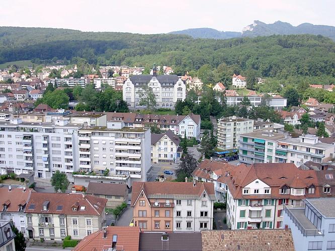 Sicht von Stadthaus in Olten nach N