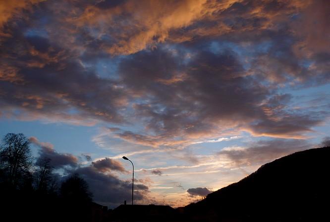 Wolken in Aarburg, Blick SW