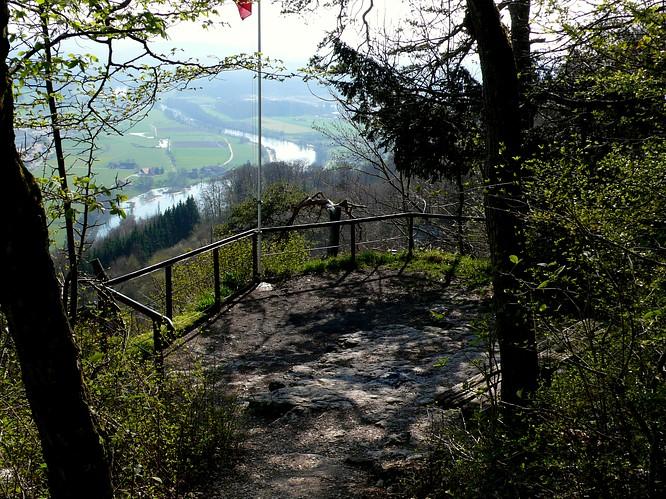 Aussichtspunkt auf dem Born, Sicht zu Boningen