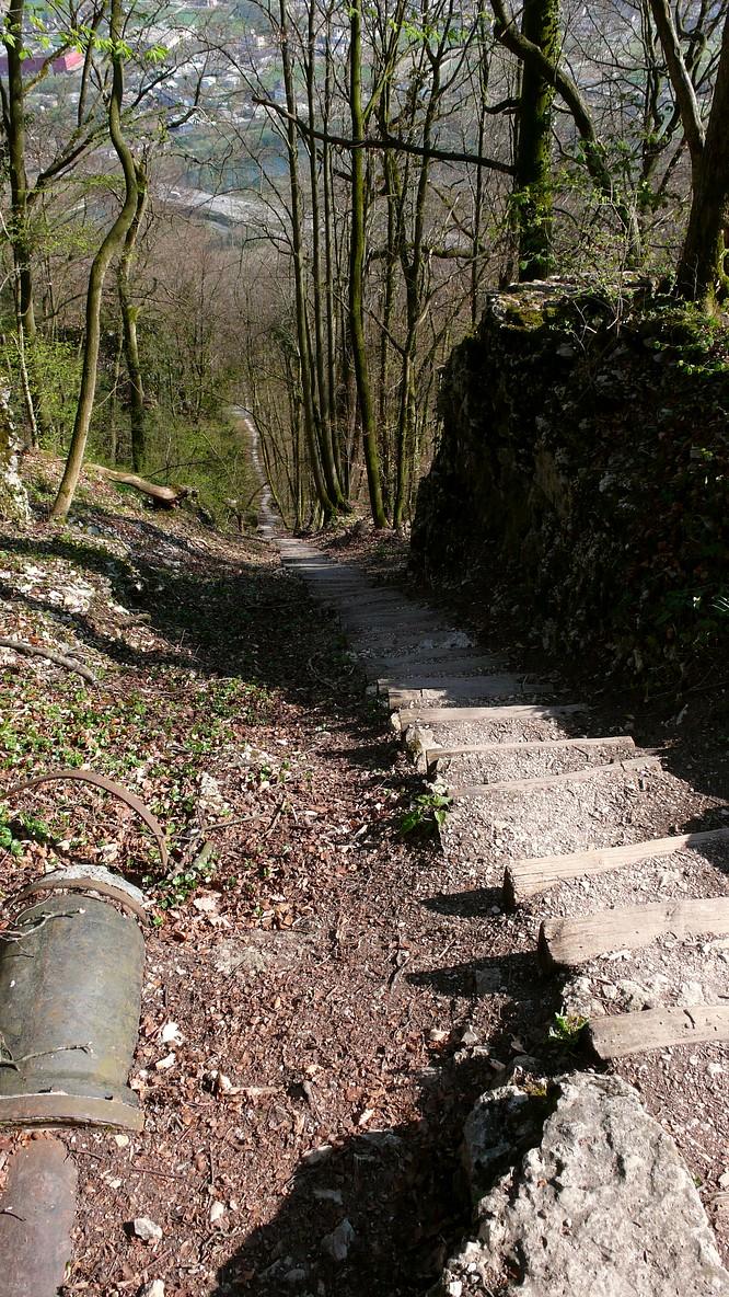 Tussigerst�gli (1000er Treppe) Born Aarburg