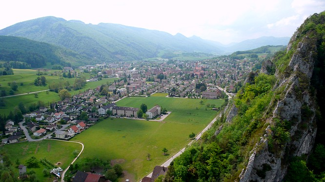 Sicht von Ruine Neu Falkenstein auf St.Wolfgang