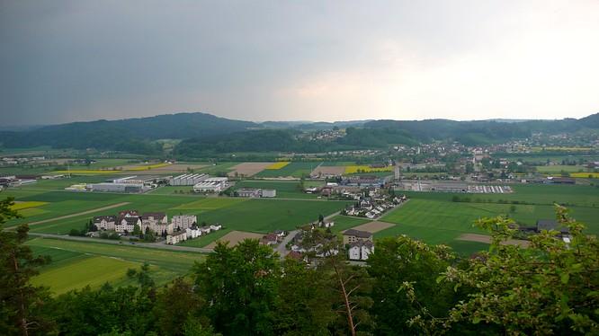 Sicht von Schloss Wikon nach Brittnau