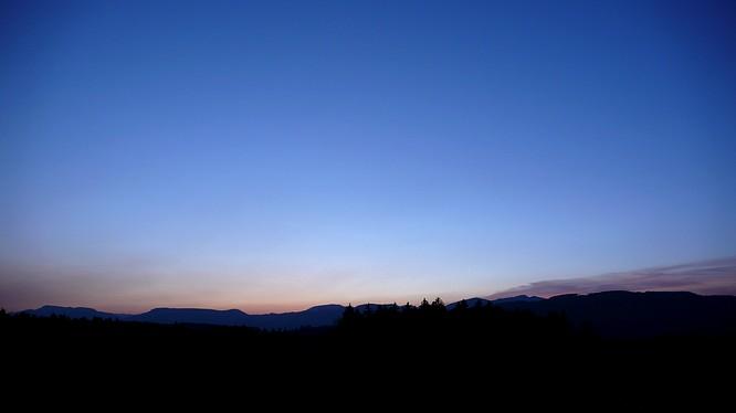 Sonnenuntergang von Strengelbach (blau)