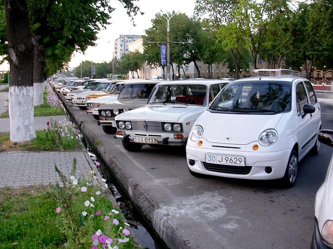 Cars in Tashkent