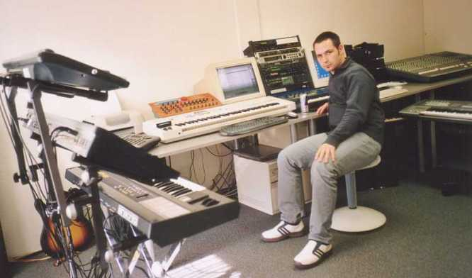deepsonic Studio III October 2002