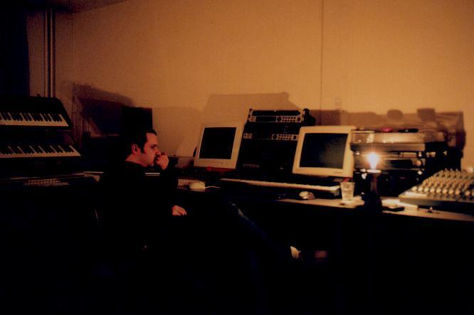 deepsonic Studio III December 2003